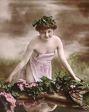 Beautiful vintage naked sweeties posing in the thirties
